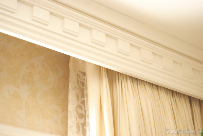 Masterbedroom Suite dentil molding with curtains