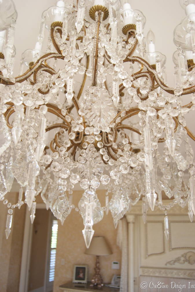 Masterbedroom Suite crystal chandelier