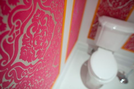 Hot pink flocked wallpaper