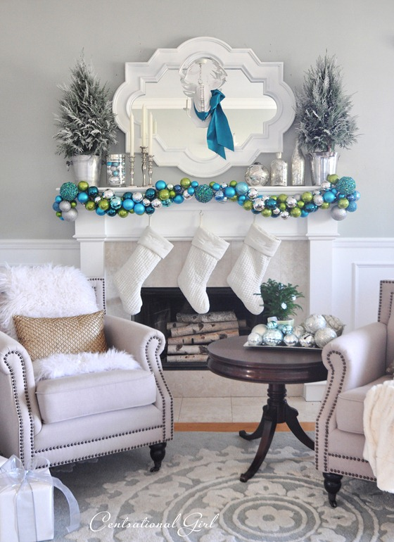 merry-and-bright-mantel-centsational-girl