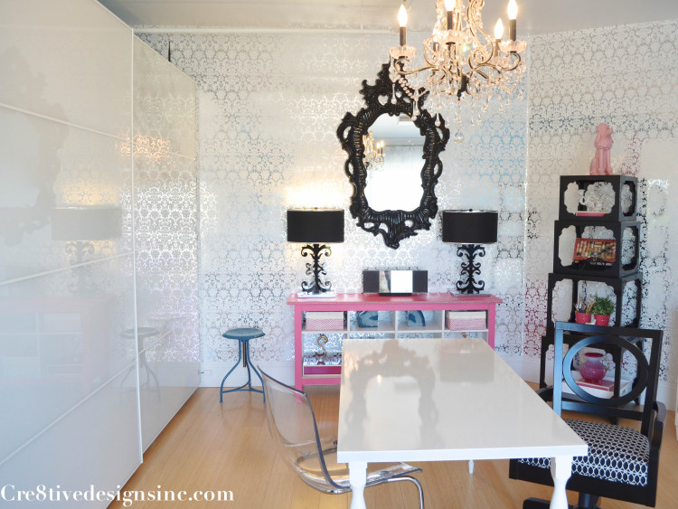 Damask foil wallpaper