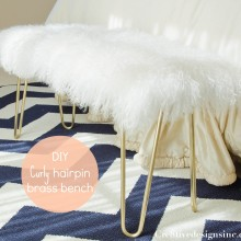 Curly bras hairpin bench