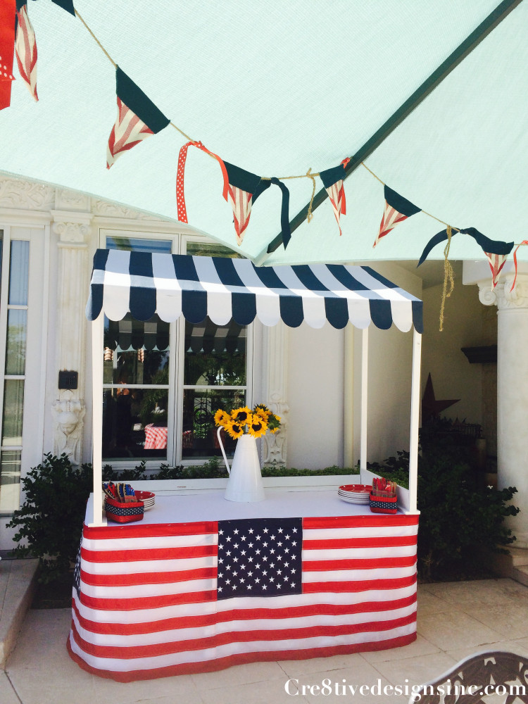patriotic table decorating