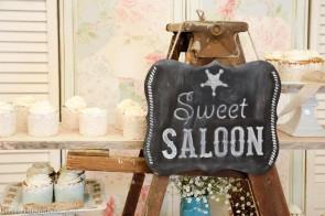 sweet saloon cupcake ladder