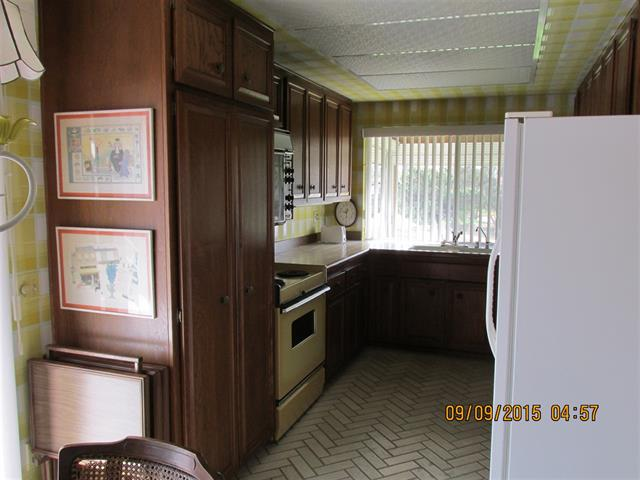 70's original kitchen